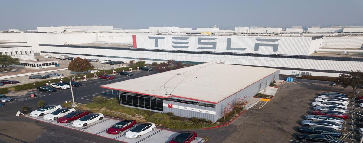 To hack Tesla, a hacker offered $ 1 million to an employee