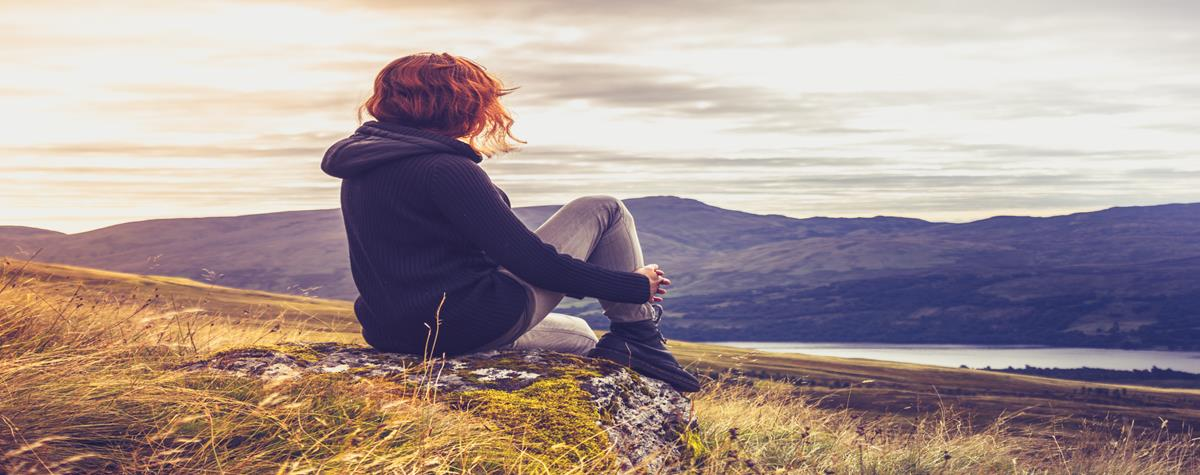 8 Reasons Spending Time Alone Makes You Smarter